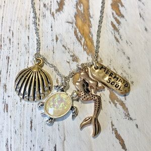 MERMAID SOUL CHARM GOLD NECKLACE